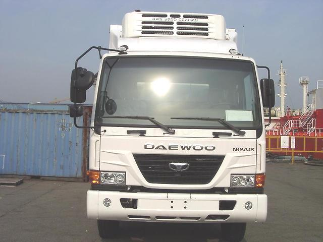 Daewoo Novus Рефрижератор 4WD