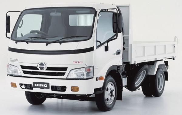 Грузовик Hino 300 серия